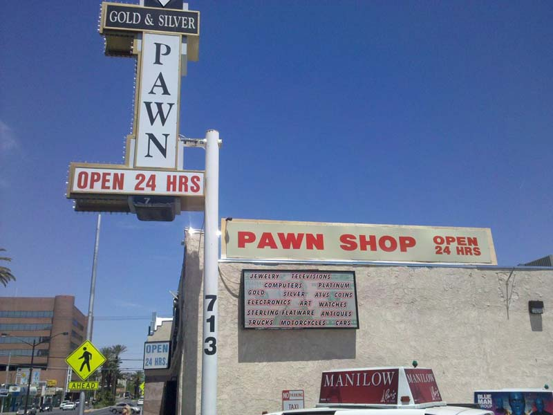 jk0.org » Standing outside the Gold and Silver Pawn Shop